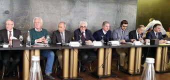 Director of Annaba Cultural Institute Participates in Conference in Beirut.
