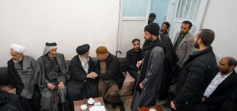Iraqi Pilgrimage Caravans Visit Office of Grand Ayatollah Shirazi
