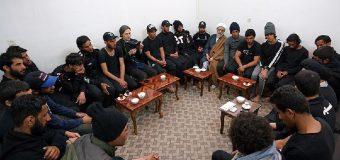 Imam Ali Pilgrimage Caravan Visits Office of Grand Ayatollah Shirazi in Holy Qom