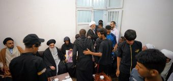 Iraqi Pilgrimage Caravan Visits Office of Grand Ayatollah Shirazi in Holy Qom
