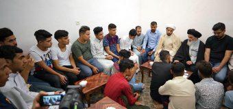 University and Seminary Students Meet with Grand Ayatollah Shirazi