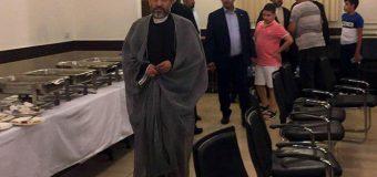 Representative of Grand Ayatollah Shirazi at Memorial of Sayed Mohammad Sadiq Sadr